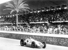 Caracciola's at The Grand Prix of Tripoli global copyright remains the property of Daimler AG. Daimler Ag, Daimler Benz, Classic Race Cars, Amg Petronas, Tazo, Racing Events, Benz S Class, Vintage Race Car, Vintage Auto