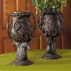Amazing pair of unusual Urns. Love the deer !Photo via Web. Forest Decor, Forest Art, Black Forest Wood, Twig Furniture, Fantasy Forest, Mason Jar Wine Glass, Antlers, Wood Carving, Decorative Accessories