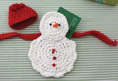 Lily: Download Free Pattern Details - Sugar'n Cream - Snow Man Gift Card Cozy (crochet)