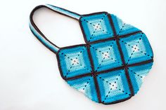 ombre blue summer crochet granny bag | Ravelry: AriadneWebb's Inga's Häkelbeutel II