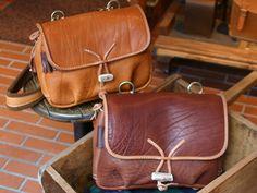 "Handmade leather bag, handmade leather messenger bag (W-3) ""HERZ (Hz) official mail order"""