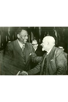 Paul Robeson and WEB Dubois at the World Peace Conference in Paris - April 1949 .two men who have and continue to inspire me African American History, History Books, World History, History Photos, Power To The People, My People, Booker T, African Diaspora, Historical Pictures