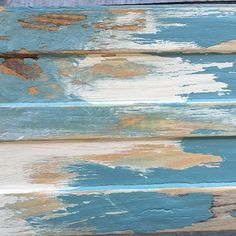 7 Easy Steps to Creating a Great Weathered, Beachy Finish Using a Chalk Paint® Wax Resist Technique | DIY Tutorial by Annie Sloan Stockist Dovetails