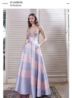 Podium, Glamorous Dresses, Glamour, Pretty Dresses, Summer Outfits, Prom Dresses, Street Style, Fashion Outfits, Clothes