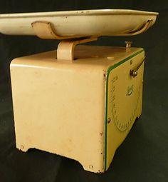LYSSEX 1930's Art Deco Swiss Kitchen Scales - Vintage Kitchen Collectibles on Ruby Lane $65.00