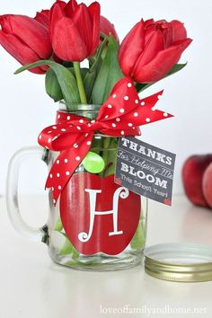 Teacher Appreciation Week - Teacher Flowers in Mason Jar Gift Idea #teacherappreciationgifts
