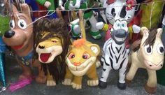 Las piñatas mexicanas están catalogadas como patrimonio nacional conocimiento intangible y tradición mexicana.