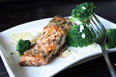 kuchenny bałagan: Łosoś pieczony w ziołowym maśle Broccoli, Lunch, Fish, Chicken, Meat, Dinner, Vegetables, Dining, Eat Lunch