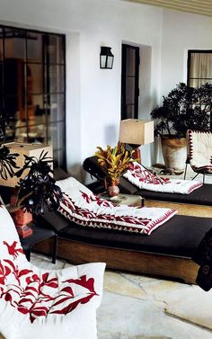Embroidered cushions take the centre stage of this deluxe lounge.