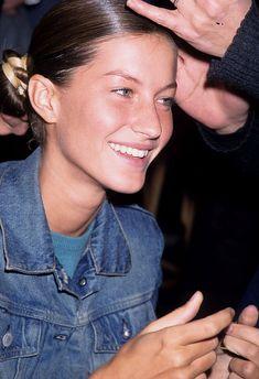 Giselle Bundchen (Photo by Rose Hartman/WireImage) 90s Models, Role Models, Fashion Models, Female Models, Joanna Krupa, Erin Heatherton, Irina Shayk, Alexandre Vauthier, Alexa Chung