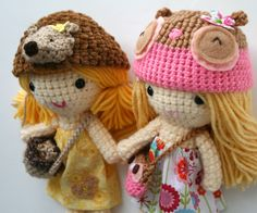 Sisters by my sweet dolls, via Flickr  Look at the details...so lovely!!!