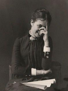 A Young Woman Smiling. Carlos Relvas, 1880.