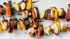 Smarte og sunne grillspyd - Vektklubb Healthy Food, Healthy Recipes, High Protein, Sushi, Low Carb, Ethnic Recipes, Healthy Foods, Healthy Eating Recipes, Healthy Eating