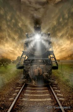 - Photo : Night Train ©Cliff Vestergaard