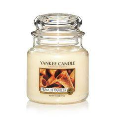 french vanilla yankee Candle voto 8   Il classico profumo del gelato alla vaniglia, dolce da far venire l'acquolina.  Note di testa : gelato al latte. Note di cuore:baccello di vaniglia. Note di fondo: burro.