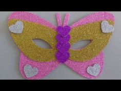 Mácara de carnaval borboleta - YouTube Peach, Candy, Christmas Ornaments, Halloween, Holiday Decor, Vertical, Masks, Youtube, Colored Mascara