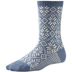 344ce8a0e96 Get your Smartwool Womens Trad Snowflake Socks (Blue Steel Heather) at  SportPursuit today.