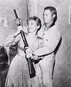 Steve McQueen and Susan Oliver in Wanted: Dead or Alive Steve Mcqueen, Susan Oliver, Movie Market, American Legend, New Shows, Vintage Hollywood, Ciel, Movie Stars, Westerns