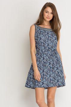 Kleid in Paisleymuster