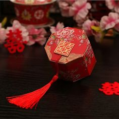 100 x Octagon Wedding favor box - Double Happiness with Chinese Peony - Chinese Wedding - Red