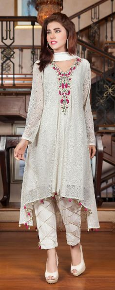 Top 10 Pakistani Most Beautiful White dresses eid dress Indian Attire, Indian Wear, Pakistani Outfits, Indian Outfits, Stylish Dresses, Casual Dresses, Fashion Pants, Fashion Dresses, Beautiful White Dresses