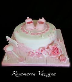 Christening cake - cake by Rosamaria Torta Baby Shower, Girl Shower Cake, Baby Shower Cake Pops, Cute Cakes, Pretty Cakes, Baby Shower Cake Designs, Christening Cake Girls, Girl Cakes, Baby Cakes