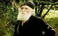 Η αγάπη του Γέροντα Παΐσιου για όλο τον κόσμο είναι γνωστή. Ο Γέροντας έχει βοηθήσει πλήθος ανθρώπων και πριν και μετά την κοίμησή του. Α...