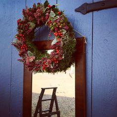 ❤️🍁❤️Många kransar blir det.🍂🍂🍂 #tulipablomsterverkstad #höst #kransar #blommor #autumn #decoration #wreaths #pynta #dekorera