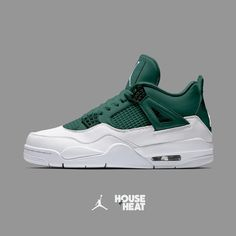 Enjoy The Sneakers You're In With These Tips. A lot of men and women absolutely love sneakers. This explains why the state of the economy factors so little in how well sneakers Me Too Shoes, Men's Shoes, Nike Shoes, Shoe Boots, Polo Shoes, Art Shoes, Sneakers Fashion, Nike Sneakers, Sneakers Design