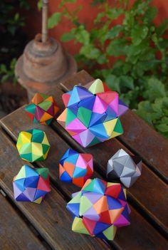 origami modular, de 12 y 30 sonobes
