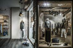 Замечательное оформление бутика Blond в Италии