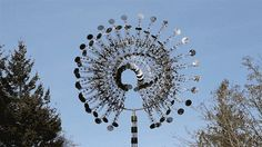 Funny pictures about Outdoor wind sculpture. Oh, and cool pics about Outdoor wind sculpture. Also, Outdoor wind sculpture. Wind Sculptures, Art Sculpture, Garden Sculpture, Anthony Howe, Psy Art, Amazing Art, Awesome, Kinetic Art, Land Art