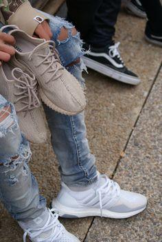 d65f60d620c Yeezy ultra boost vans Mens Sneakers 2017