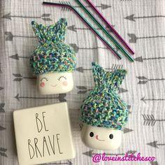 Mermaid marshmallow mug hat Multi colored mermaid Marshmallow Diy Crochet Hat, Crochet Cozy, Coffee Cozy Pattern, Seasonal Decor, Holiday Decor, Tier Tray, Mini Marshmallows, Tray Decor, Farm House