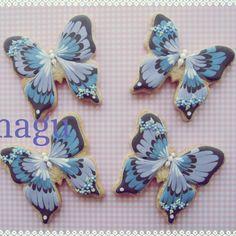 #cookies #decoratedcookies #decoration #sugarcookies #royalicing #sugarart #cookiesart #butterfly #purple #flower