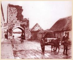 The North Gate a. the arch monumnet on Northgate street, Athenry, Co. This whole street has been modernised within the past century. Galway Ireland, Old Photographs, Me On A Map, Gate, Arch, The Past, History, Street, Modern
