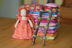 This is the sweetest doll! I loved the story of the Princess and the Pea when I was little. Bamboozled by Frontier Dreams. Waldorf Crafts, Waldorf Dolls, Hans Christian, Little Ones, Little Girls, Crafts For Kids, Arts And Crafts, Princess And The Pea, Homemade Toys