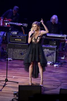 Singer songwriter Kelsea Ballerini performs onstage during the 54th annual ASCAP Country Music awards at the Ryman Auditorium on October 31, 2016 in Nashville, Tennessee. - 54th Annual ASCAP Country Music Awards - Inside