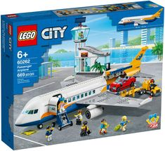 Lego City Sets, Lego Sets, Dodge Charger, Toys R Us, Lego City Airport, Construction Lego, Free Lego, Airplane Toys, Lego Builder