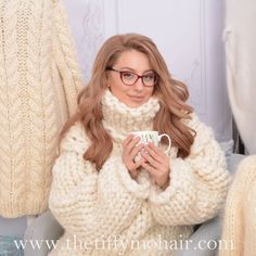 Thick Sweaters, Sweater Outfits, Merino Wool Blanket, Hand Knitting, Knitwear, Turtle Neck, Fur, Pullover, Sexy