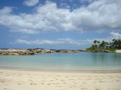 Ko'Olina Lagoons on Oahu, Hawaii by Laura Radniecki
