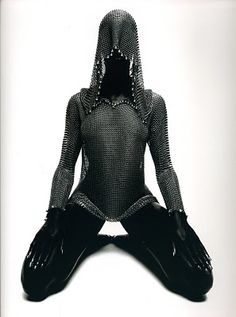 Chain Mail Hoodie. So very joan of arc. I love this texture.