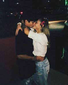 La pareja fav Life Goals, Relationship Goals, Relationships, Lonely Heart, Hot Couples, Hopeless Romantic, Couple Goals, A Team, Falling In Love