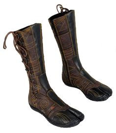 'Spiral' hand-crafted tabi by Ayya.  loveliest boots ever, ever, ever…