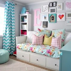 A simple DIY jewelry wall display is added in this girl bedroom to ...
