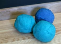Homemade playdough is one of our favorite play materials. We use it often with cookie cutters, in small worlds, or simply on its own. Here's our favorite homemade playdough recipe for sturdy and smooth playdough perfect for sculpting!