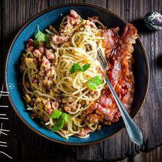 Spaghetti Carborana. #foodphotographer #foodphotography #food #shaiith #foodporn #carbonara #pasta #spaghetti #bacon #italianfood #egg #parmesan #pork