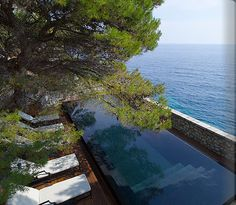 Villa Milocer Luxury Resort Photo Album and Hotel Images - Aman Sveti Stefan - picture tour