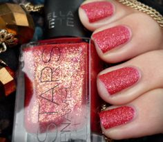 If you think red nail polish is sexy, adding glitter would definitely amp it up! See this look now. Red Glitter, Glitter Nails, All Things Beauty, My Beauty, Mani Pedi, Manicure, Red Nail Polish, Lots Of Makeup, Holiday Nails