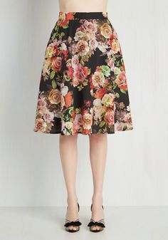 Profound Pizzazz Skirt. Jazz up your workday or weekend with the enlightening elegance of this floral skirt. #multi #modcloth